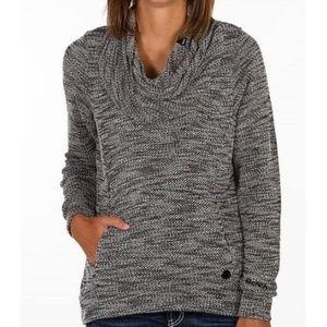 Bench Inject Overhead Sweater Medium